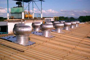 Extractor eólico en matadero