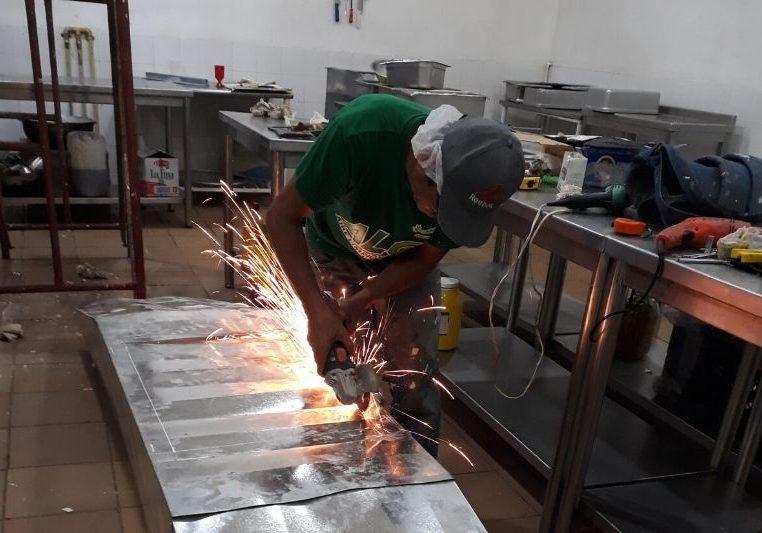 Instalacion de campana para cocina industrial